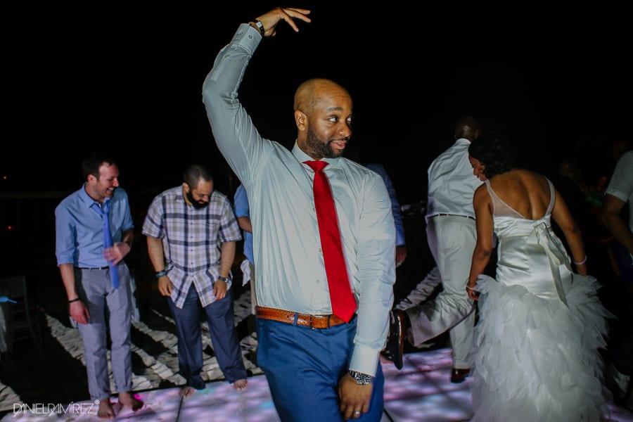 playa-del-carmen-wedding-photos--203
