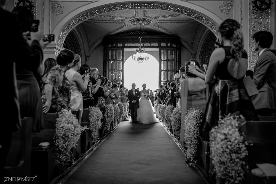entrada de novia a iglesia
