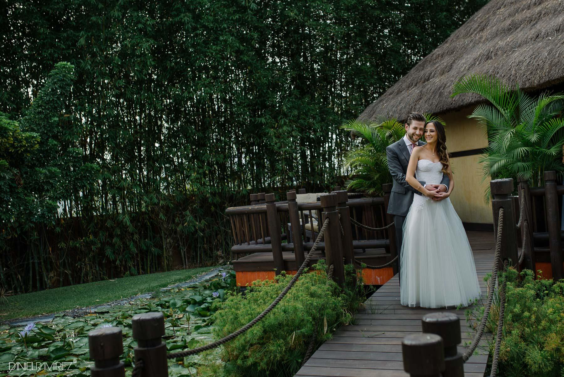 fotos de bodas en rojo azafran